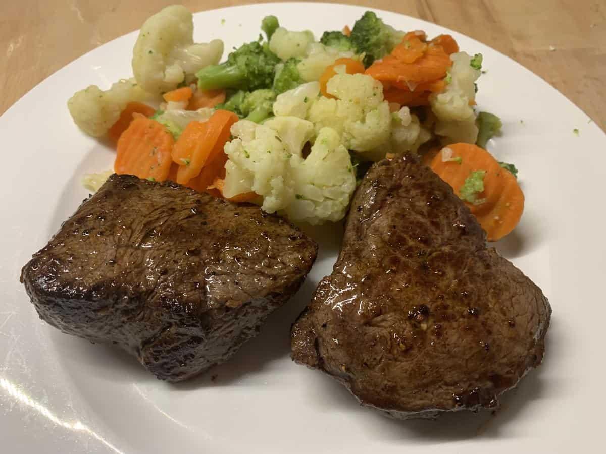 Rumpsteak mit Gemüse