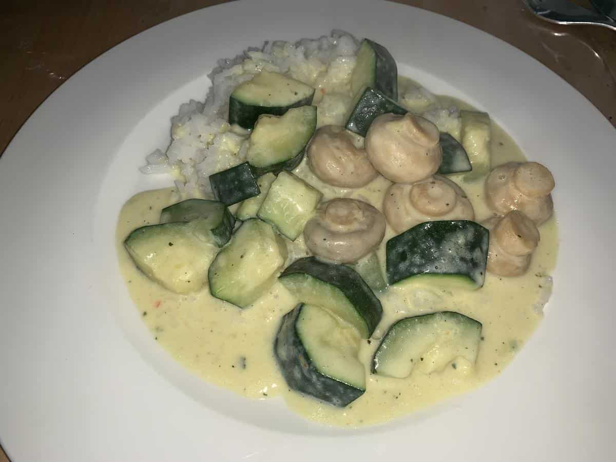 Zucchini mit Reis